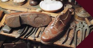 Jasa Reparasi Sepatu dan Service Tas