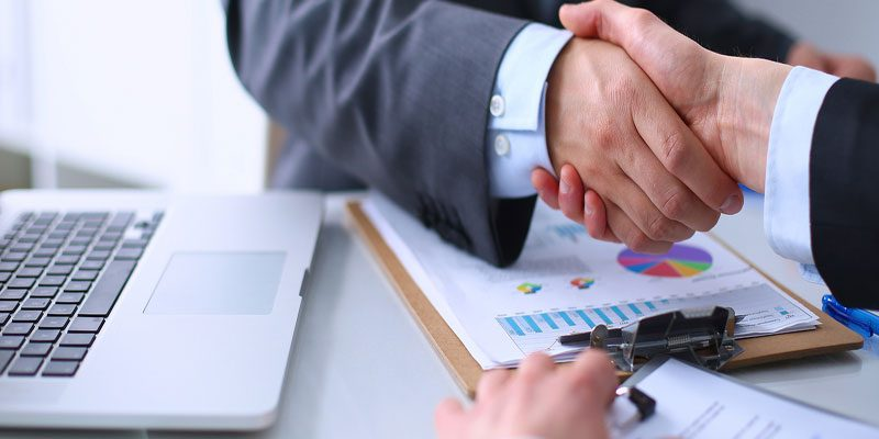 Peran Accounting Perusahaan, Sebagai Penyedia Informasi Keuangan dan Membantu Stakeholders Mengambil Keputusan